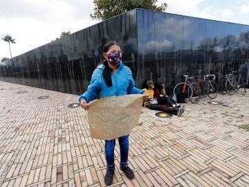 Protestas por la violación de una niña en Colombia