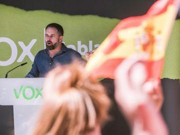 Santiago Abascal en un mitin de Vox en el País Vasco