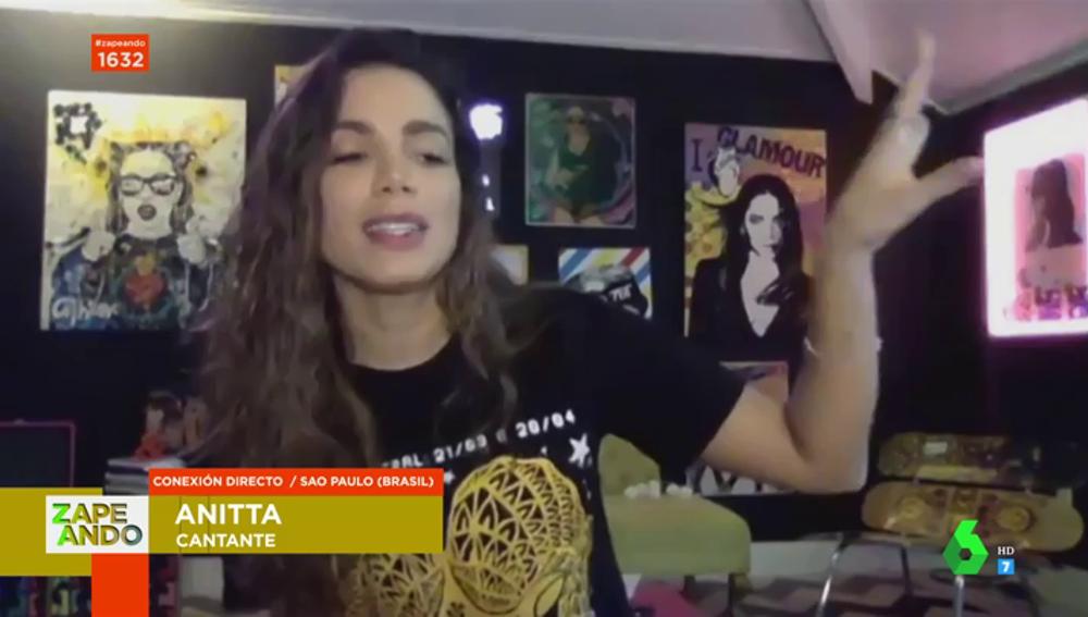 Anitta canta en Zapeando un adelanto de 'Tócame', su nuevo single