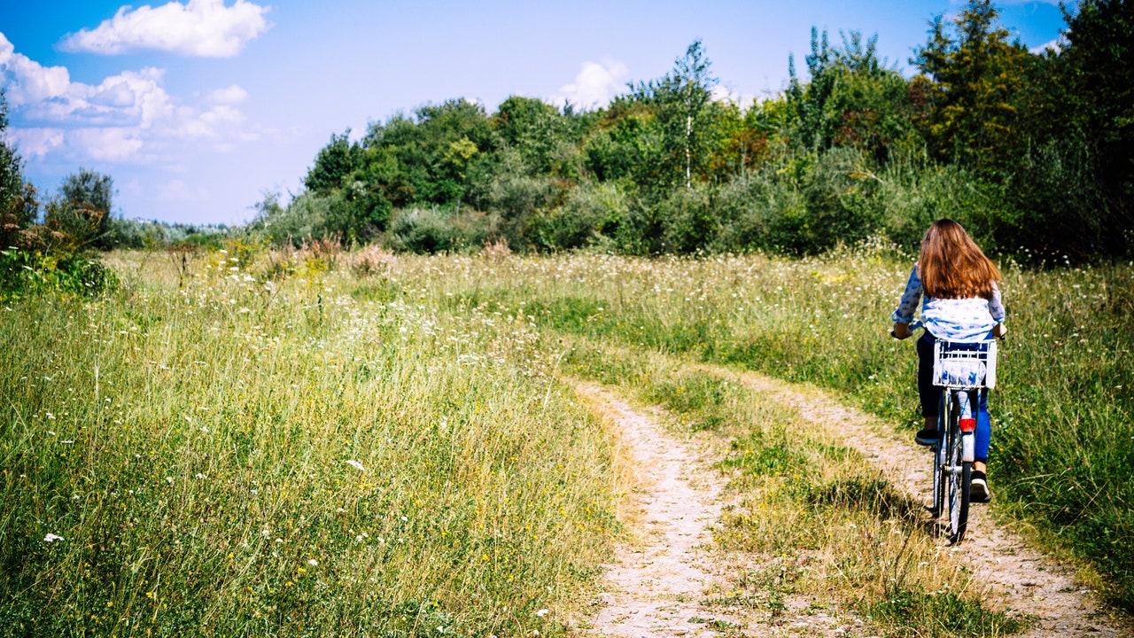 Cinco rutas para conocer España en bicicleta