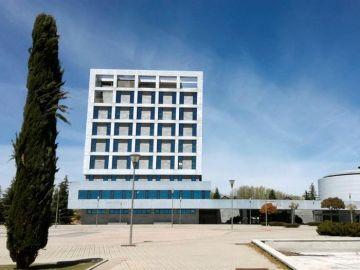 Exterior del edificio del rectorado de la Universidad rey Juan Carlos