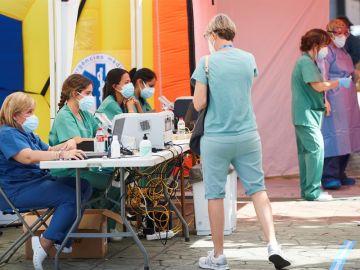 Carpa habilitada en Terraza para realizar pruebas para detectar casos positivos de coronavirus