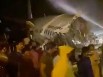 Imagen del avión siniestrado en India