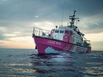 El Louise Michel, el barco de rescate financiado por Bansky