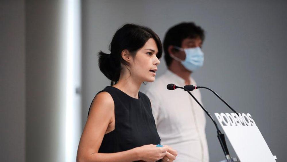 Isa Serra, portavoz de Unidas Podemos, durante una rueda de prensa.