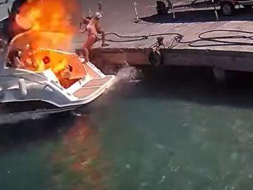 Imagen del momento en el que una mujer sale disparada en Italia