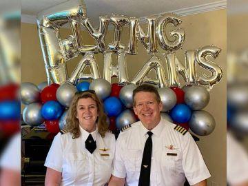 'The Flying Fahans', la pareja que se jubila tras más de 30 años volando juntos