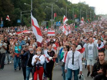 Manifestación de protesta en Minsk contra los resultados de las elecciones presidenciales