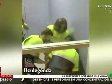 Un hombre sin billete muerde y arranca un trozo de pierna a un vigilante de seguridad