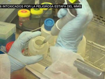 Las pruebas de la estafa del MMS: ni un curado y 26 intoxicados tras ingerirlo como terapia contra el coronavirus