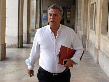 El empresario Enrique Ortiz a su llegada a la Audiencia Provincial de Alicante