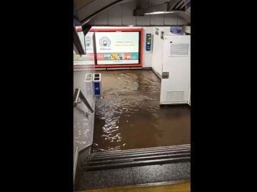 Inundaciones en una estación del Metro de Madrid