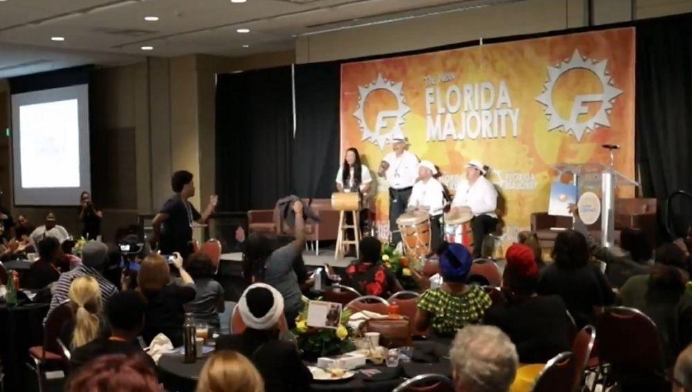 Un acto del grupo de base 'Nueva Mayoría para Florida'.