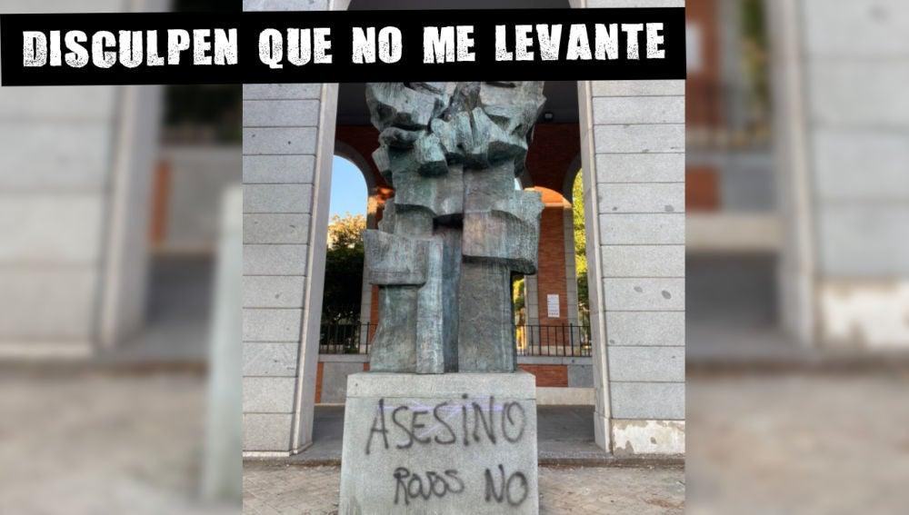 La estatua de Largo Caballero en Madrid, vandalizada con pintadas de 'Asesino' y 'Rojos no'