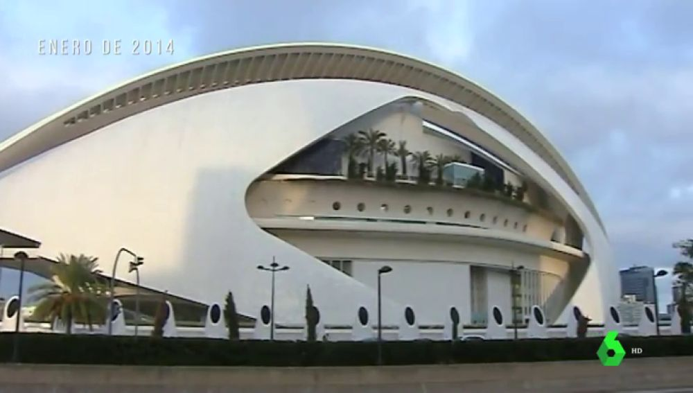 """Las sombras de Calatrava y la Ciudad de las Artes y las Ciencias: sobrecostes y desperfectos del """"monumento a la chapuza"""""""