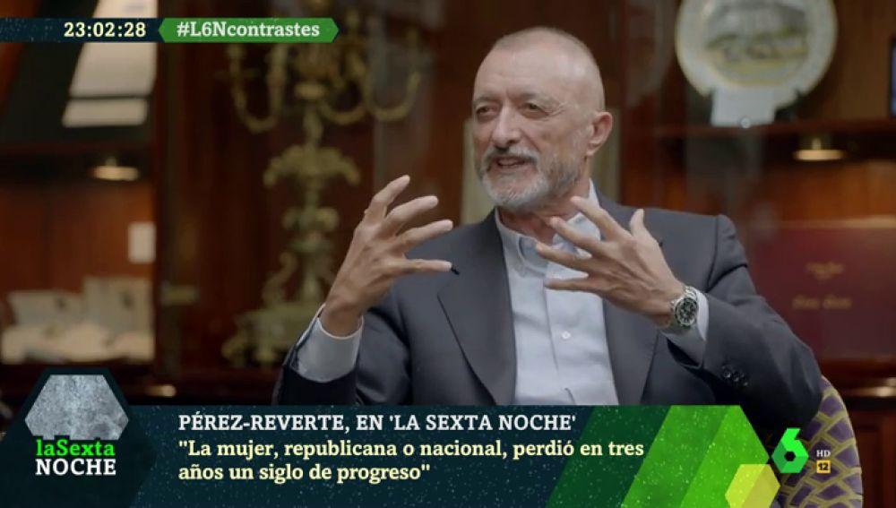 """Pérez-Reverte llama """"analfabetos políticos"""" a los dirigentes: """"Manejan con alegría conceptos muy peligrosos"""""""