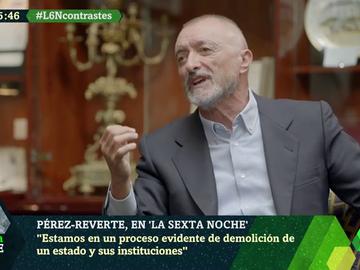 """Pérez-Reverte, contra el """"putiferio político"""": """"¿Echenique u Ortega Smith me van a construir el futuro? ¡Váyase al carajo!"""""""
