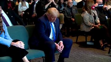 La imagen de Trump contando un fajo de billetes que se ha convertido en viral