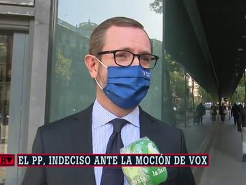 Javier Maroto, frente a la sede del PP en la calle Génova