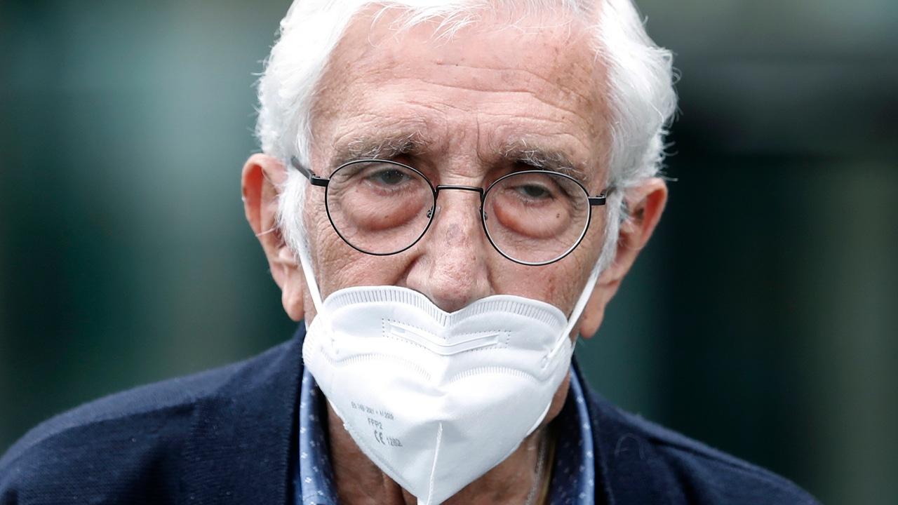 El extesorero de CDC Daniel Osàcar, a su salida de la Ciudad de la Justicia de Barcelona