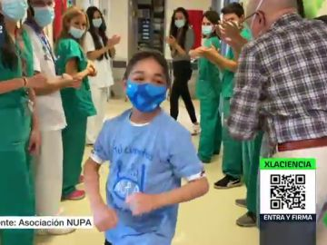 El hospital de La Paz realiza el primer trasplante mundial de órganos y médula: Yassine, el menor de 15 al que la investigación ha devuelto la vida