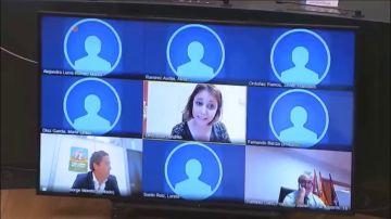 """Andrea Levy (PP) se burla del collar de una concejala de Más Madrid: """"Le deseo que no le haga daño cervical"""""""