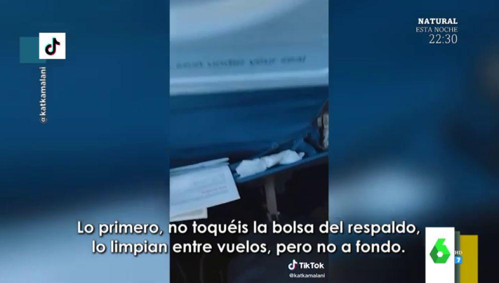 El vídeo viral que te hará ver los aviones de otra manera: así desvela una azafata qué es lo que no debes tocar