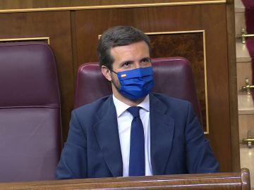Pablo Casado durante la moción de censura de Vox
