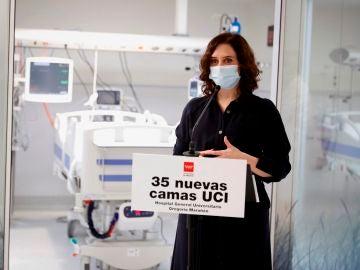 Isabel Díaz Ayuso visita la nueva UCI del hospital Gregorio Marañón