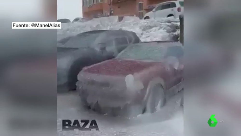 Impactantes imágenes de Vladivostok (Rusia): coches congelados, miles de casas sin agua ni calefacción y varios muertos