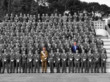 Foto del acto por los 25 años de la 45ª promoción de la Academia Militar de Zaragoza
