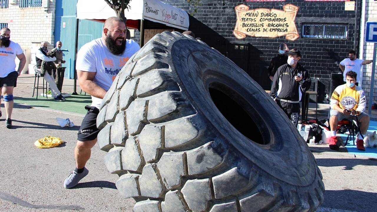 Levantamiento de neumático