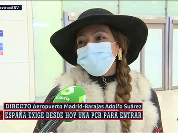 Los primeros viajeros con exigencia de PCR llegan a España