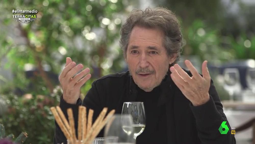 """""""Si a mí me dijeran los polvos que han echado con mis canciones..."""": la atrevida confesión de Miguel Ríos a Thais Villas"""