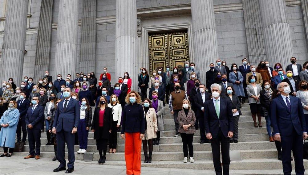 Minuto de silencio contra la violencia machista en el Congreso