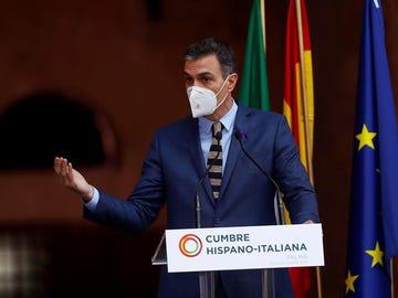 Pedro Sánchez, comparece ante los medios en el marco de la XIX Cumbre bilateral de España e Italia