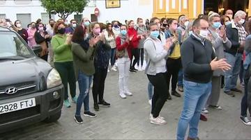 """Castilblanco se vuelca con la madre de la bebé atropellada por un conductor drogado: """"¡Mi hija! ¡Me la han matado!"""""""
