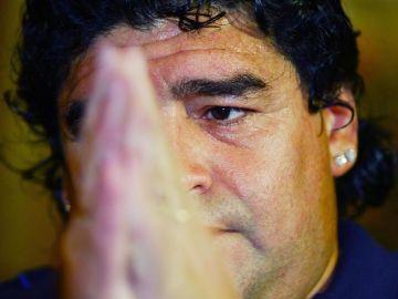 El astro del fútbol Diego Maradona.