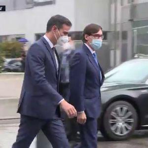 Pedro Sánchez y Salvador Illa, a su llegada al Hospital La Paz
