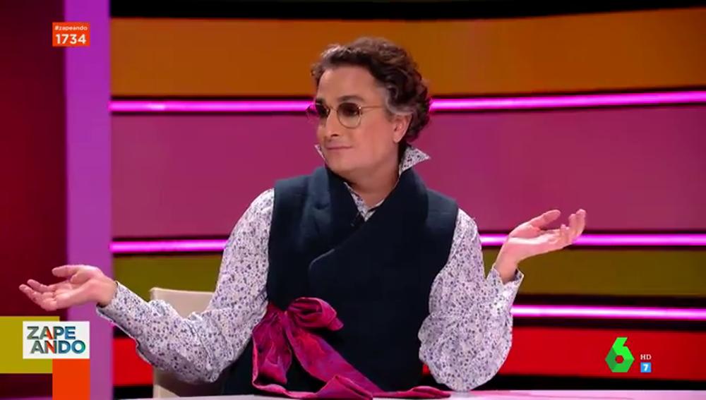 """La 'discusión' de Dani Mateo y Josie por el 'Versace' de Dua Lipa: """"¡Qué horterada! Eso puede ser del paseo marítimo de Lloret de Mar"""""""