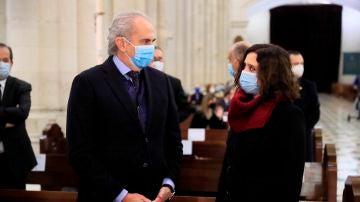 Isabel Díaz Ayuso, en la misa funeral en homenaje a los sanitarios