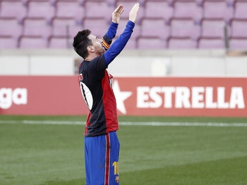 Messi, con la camiseta con el 10 de Newells