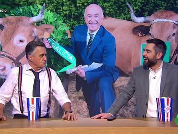 Un certamen de belleza para vacas o un 'Callejeros' con octogenarios: el repaso de Dani Mateo a las televisiones regionales