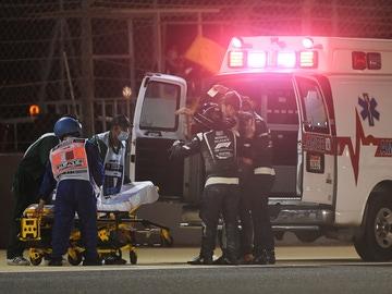 La ambulancia se lleva a Grosjean