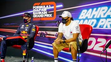 Max Verstappen y Lewis Hamilton en la rueda de prensa del GP de Baréin