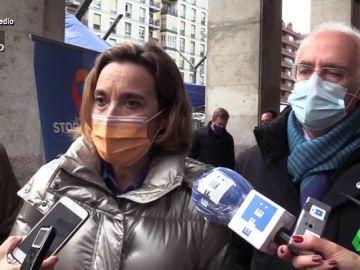 Vídeo manipulado - Cuca Gamarra se arranca a cantar por Massiel ante la prensa