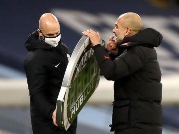 Pep Guardiola pierde los papeles con el cuarto ábitro