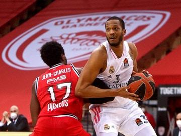 Randolph, ante Olympiacos