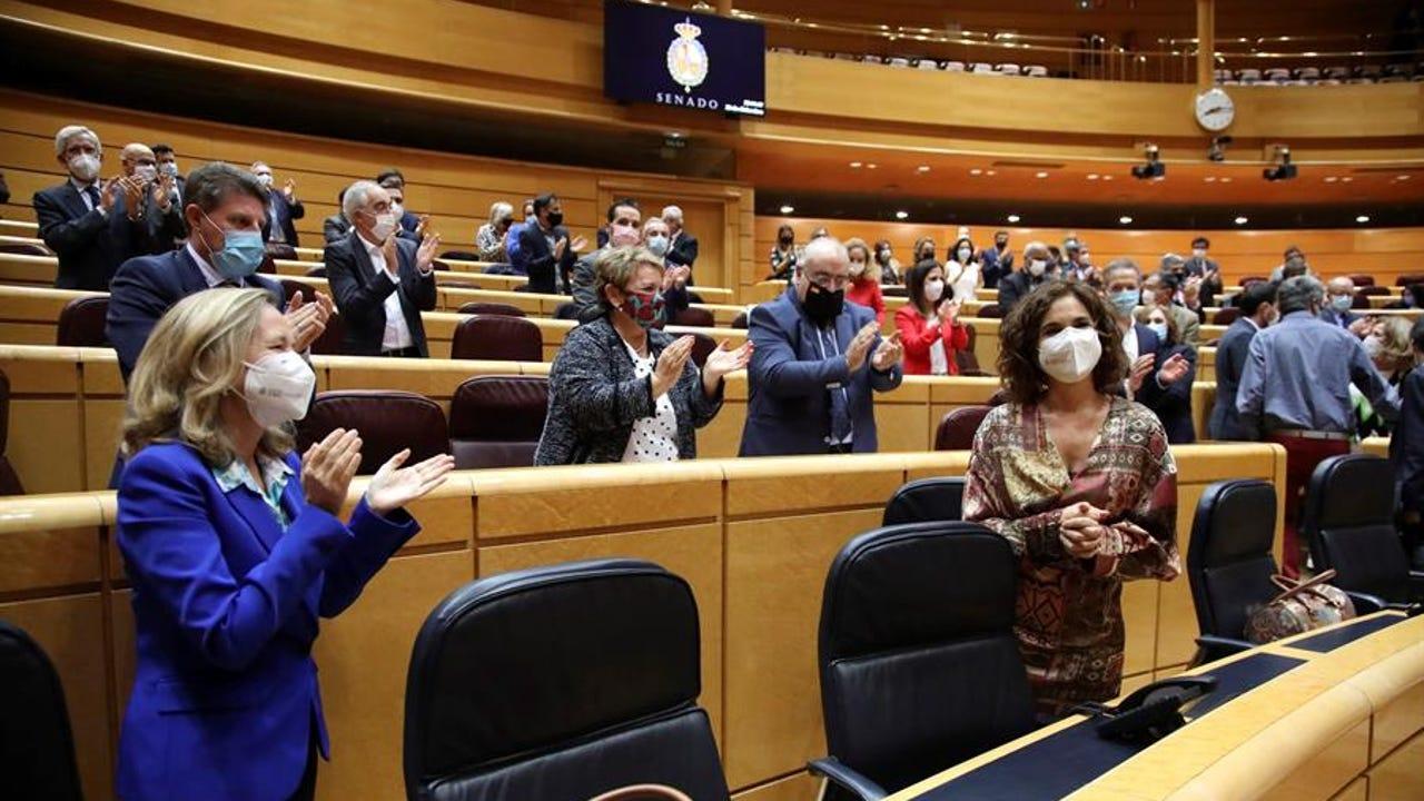 La ministra de Hacienda, María Jesús Montero durante el pleno del Senado.