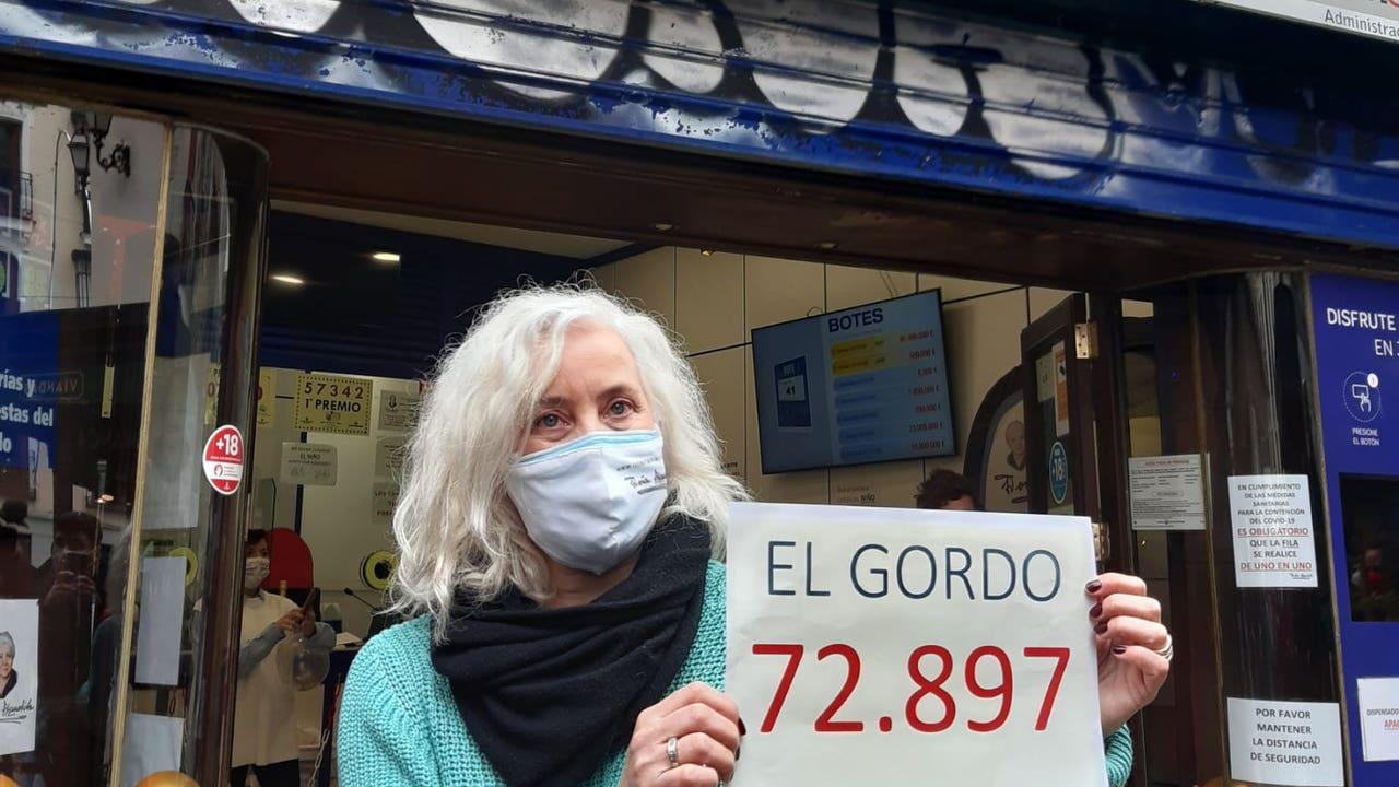 El Gordo toca en Doña Manolita, en Madrid